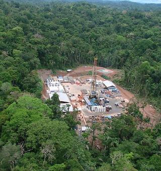Repsol invertirá 957 millones en el pozo Sagari de Perú - 320x340