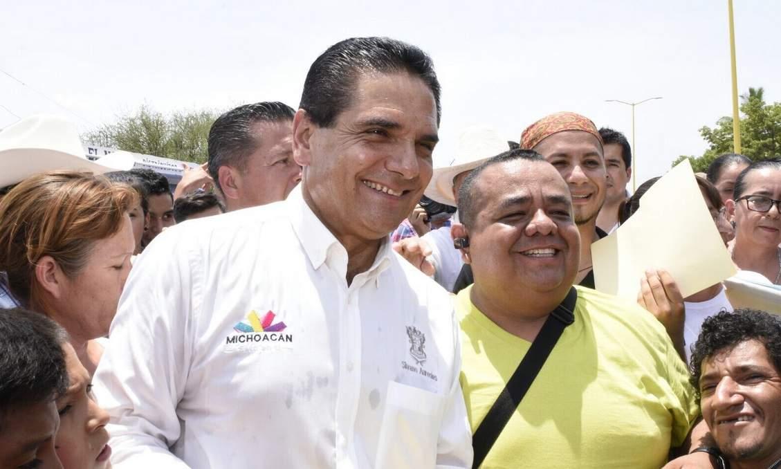 Silvano Aureoles declina a favor de Mancera para la presidencia