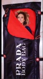 prada-bolsa-cadaveres-1.jpg
