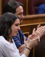 Una asociación de jueces publica un poema sobre la inquieta bragueta de Iglesias y Montero