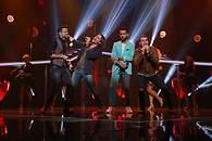 Ricky, Javian, J.Antonio y Alex cantan 'Corazón espinado' - 195x130
