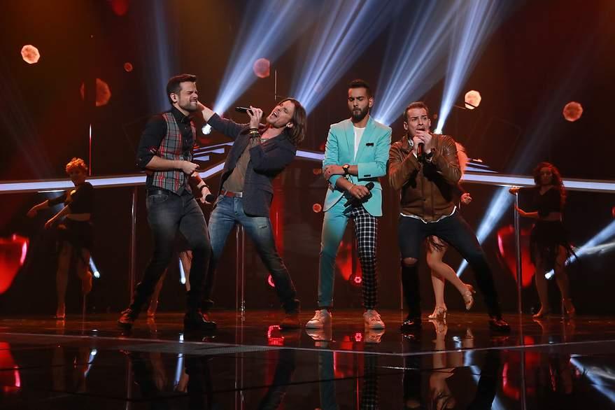 Ricky, Javian, J.Antonio y Alex cantan 'Corazón espinado' - 880x