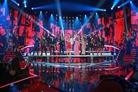 El grupo abrió la Gala con 'Mi música es tu voz' - 195x130