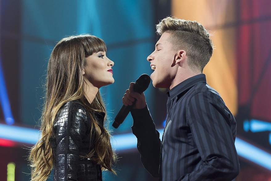 Aitana y Raoul interpretan 'Let Me Love You' de Justin Bieber - 880x