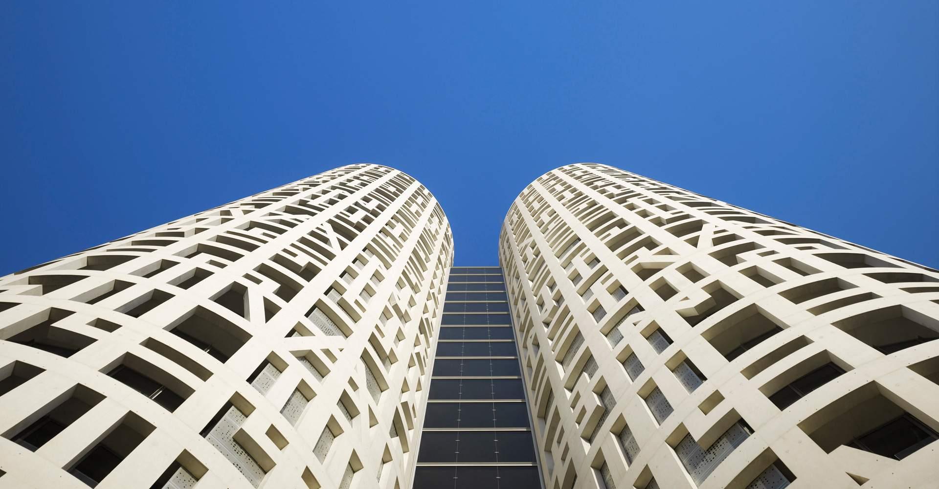 La socimi Brickstock cierra la compra de las Torres de Hércules, en Cádiz