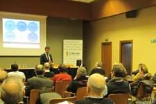 Cerca de 40 negocios se preparan para su transmisión con CEOE Aragón