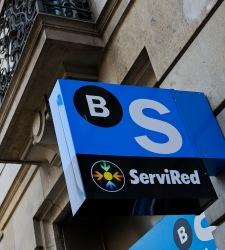 Banco sabadell no contempla trasladar su sede fuera de for Banc sabadell pisos