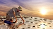 paneles-solares-operarios.jpg