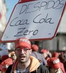 La embotelladora de Coca-Cola releva a siete de los ocho jefes del área laboral - 300x150