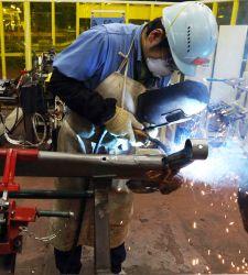 <b>Toyota</b> sustituye robots por personas en sus fábricas para priorizar la calidad