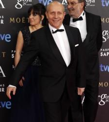 Wert, en la gala de los Goya: Unos critican los impuestos, otros los recaudan y yo los contemplo - 375x200