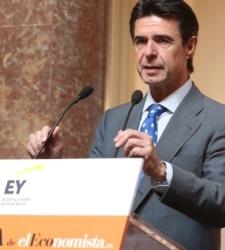 José Manuel Soria: España no es Grecia, podemos estar tranquilos - 300x150