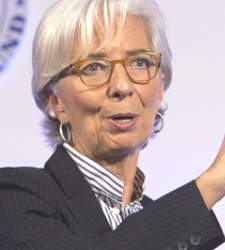 Francia anuncia que Lagarde irá a juicio por negligencia en el caso Tapie