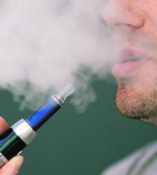 El cigarrillo electrónico acusa a las farmacéuticas de su desplome