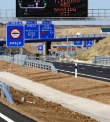 El tráfico en las <b>autopistas de peaje</b> cae un 10% hasta niveles de 1998