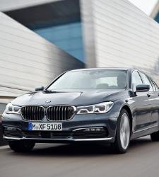 BMW 730d o cómo conducir una berlina del futuro traída al presente