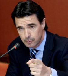 """Soria cree que el <b>pacto de precios</b< en la gasolina se da en """"muchos supuestos"""""""