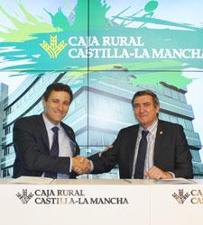 Convenio entre Caja Rural Castilla-La Mancha y FEFCAM