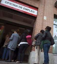 Los olvidados del paro: sigue habiendo más de 1,3 millones de desempleados de larga duración