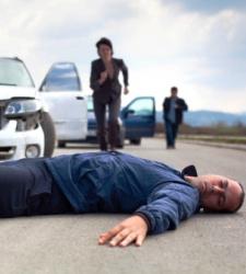 Diez consejos para saber qué hacer (y qué no hacer) ante un accidente