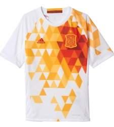 En la pasada Eurocopa de 2016 la polémica de nuevo llegó con la segunda  camiseta. España jugó en Francia volviendo al blanco para aquellos duelos  en los que ... 04afd55da03