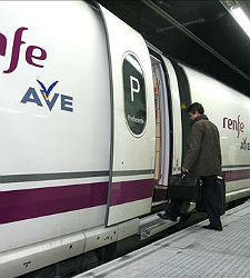 Ave-renfe-anden