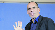 yanis-varoufakis-saluda-225-250.jpg