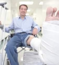 El médico podrá emitir el acta de baja y de alta laboral en el mismo momento
