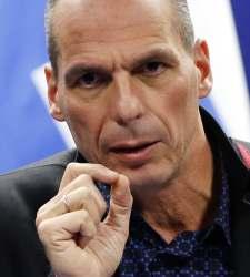 Varufakis califica de terrorismo lo que se hace con Grecia... - 300x150