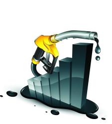Los márgenes de los carburantes acumulan subidas del 31% desde enero pese a la caída de precios