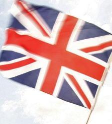 La libra salva mayo aunque una encuesta da la victoria al Brexit