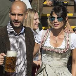 Señora Guardiola: así es la discreta mujer del técnico