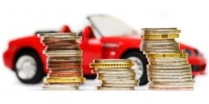 Empeñar el coche por dinero rápido: opción cara y peligrosa - 300x150
