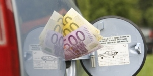 ¿Dónde repostar este verano? Las gasolineras más baratas de las principales rutas españolas - 300x150