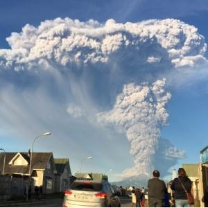 Chile y Argentina atentos al volcán - 250X