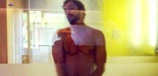 Paco León se vuelve a desnudar - 310x150