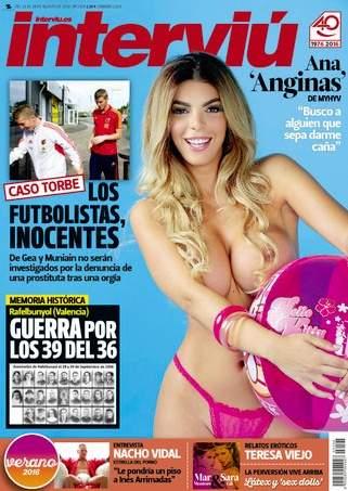 Ana Anginas De Mujeres Y Hombres Y Viceversa Se Desnuda En