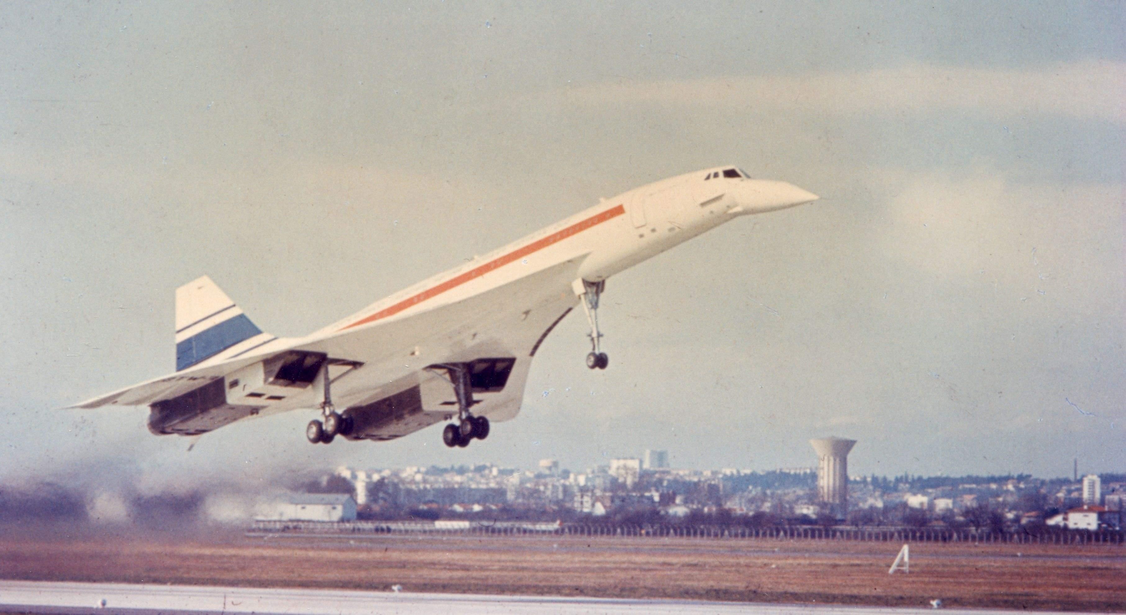 Así fue el primer vuelo del Concorde: el tributo de Airbus a la velocidad  supersónica - elEconomista.es