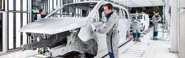 Daimler invertirá 41 millones durante 2016 en su planta de Mercedes Vitoria para ampliar la capacidad