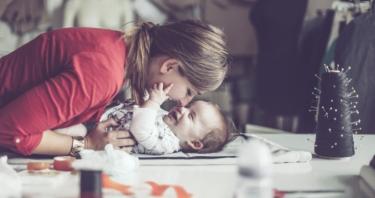 Un 47% de las madres españolas considera difícil conciliar