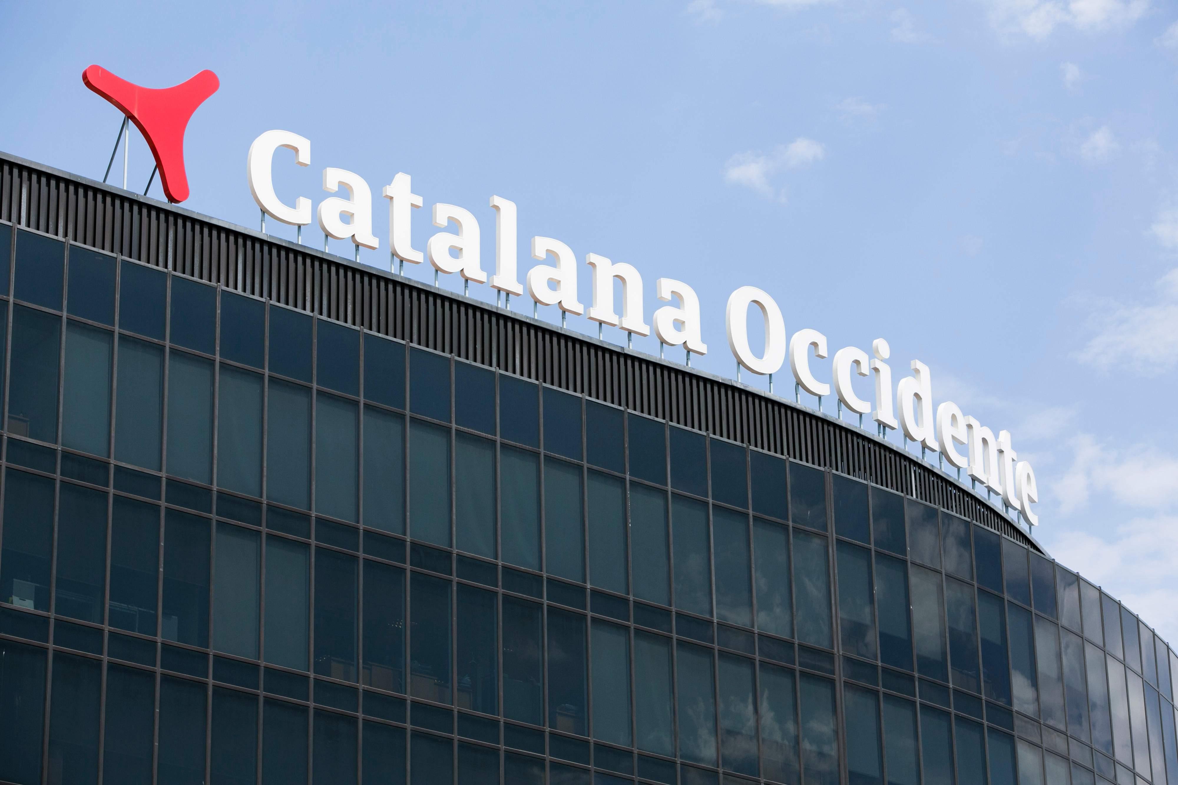 Grupo catalana occidente el rey del 22 compra su cuarto for Cuarto kit del america