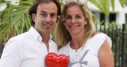 El marido de Arantxa Sánchez Vicario la abandona por otra, se queda su fortuna y pide la custodia de sus hijos
