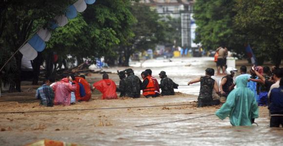 Resultado de imagen para Las Inundaciones De Indonesia