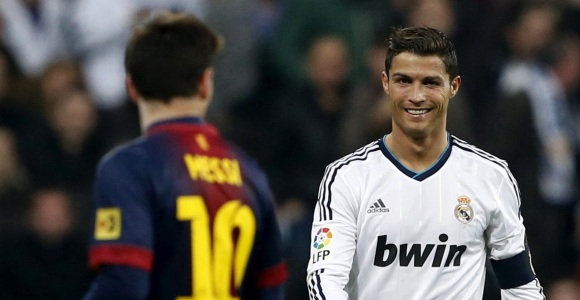 CR7-sonrie-Messi-2013-EFE.jpg