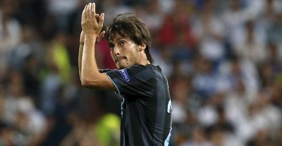 Silva-aplauso-Bernabeu-2012-efe.jpg