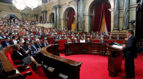 parlament-catalan-artur-mas-efe-26-9.jpg