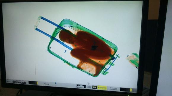 nino-maleta-efe.jpg - 640x450