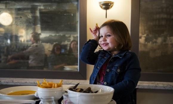 niño-restaurante-getty.jpg