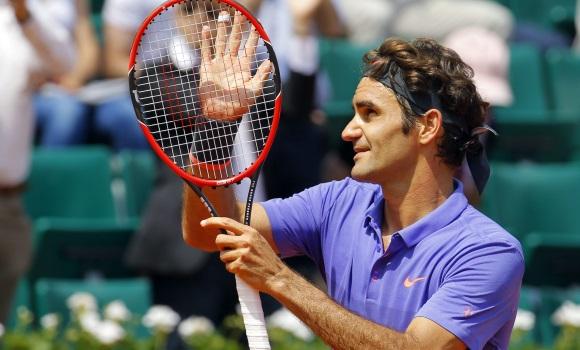 Federer se impone a Marcel Granollers -