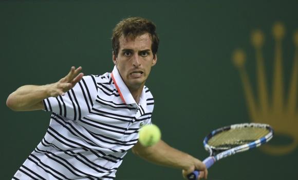 Ramos da la sorpresa y elimina a Federer